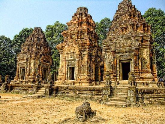 Angkor One Tour: Siem Reap, Cambodia 2010