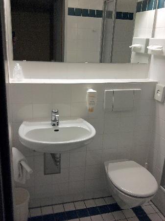 GHOTEL hotel & living: Badezimmer