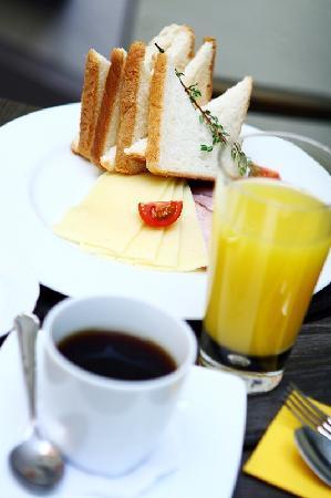 Old Riga Hotel Vecriga: Breakfast