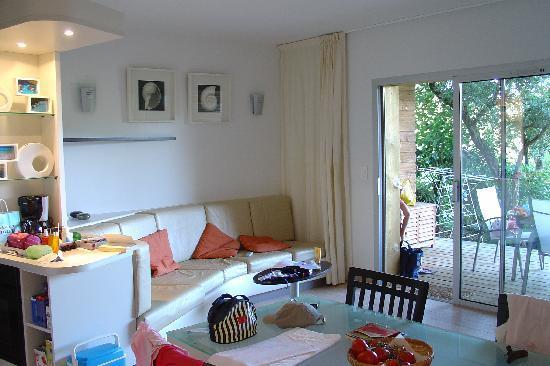 Santa Giulia, Francia: grande piece à vivre