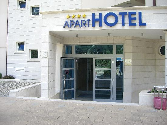 Aparthotel Tamaris: Inngangspartiet