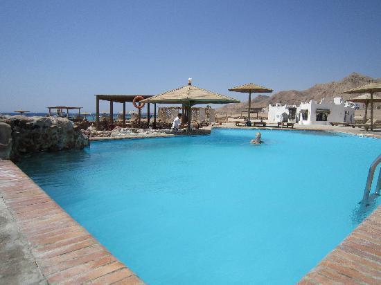 Daniela Village Dahab: Het zwembad...