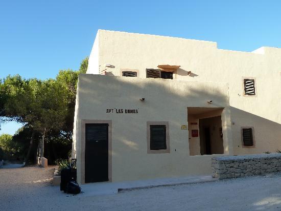 Las Dunas: L'avant du bâtiment (mieux vaut avoir les chambres derrière)