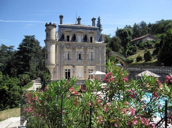 Chateau Clement: Chateau