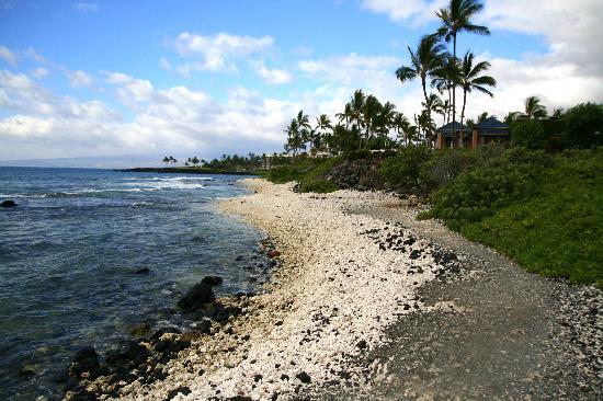 Anaehoomalu: Trail near Hilton Waikoloa Village