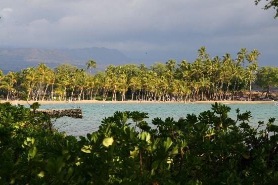 Anaehoomalu: A-Bay beach from the trail