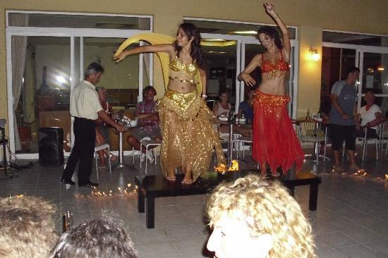 Nefeli Hotel : Fantastic Greek night