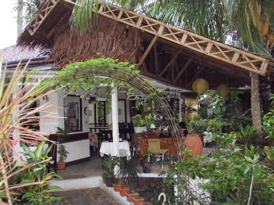 Niu 'Ohana Boracay Garden Resort: The quaint restaurant