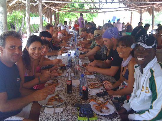 Ватаму, Кения: PRANZO AL PARCO MARINO