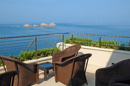 Hotel More: Cappucino-Terrasse
