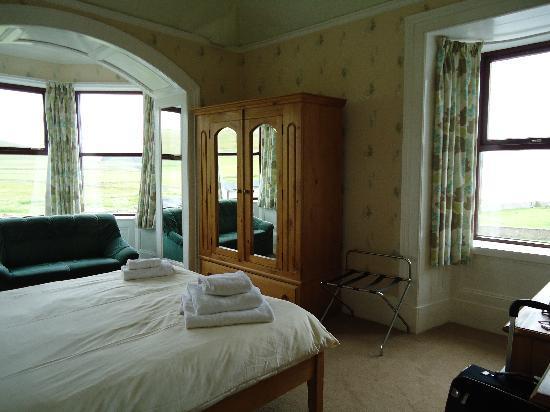 Sumburgh Hotel: bedroom