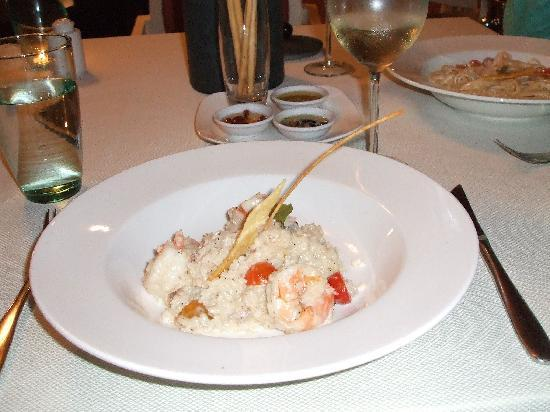 Premier Le Reve Hotel & Spa (Adults Only): yummy food at the italian restaurant