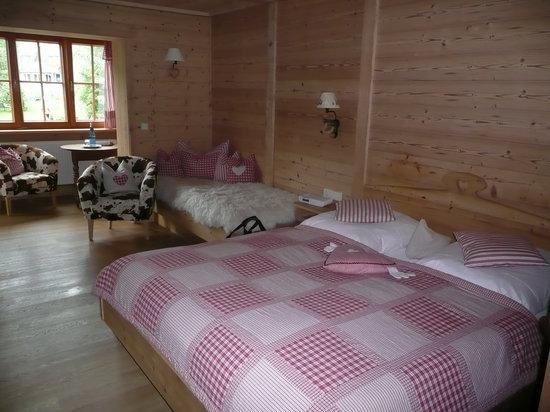 Hotel Schlehdorn: Berghüttenzimmer (Nr.8)