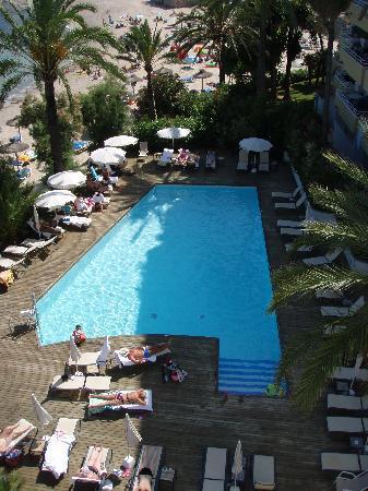 Gran Sol: Pool Area