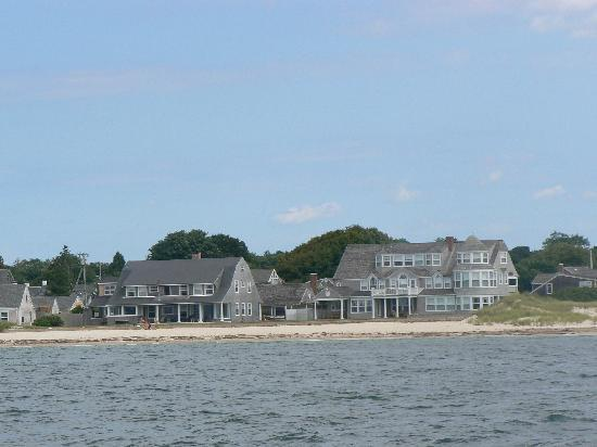 Green Harbor Waterfront Lodging: Falmouth from the water.... beautiful.