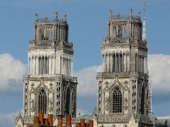 Hotel Marguerite : Cathédrale d'Orléans vue de l'hôtel