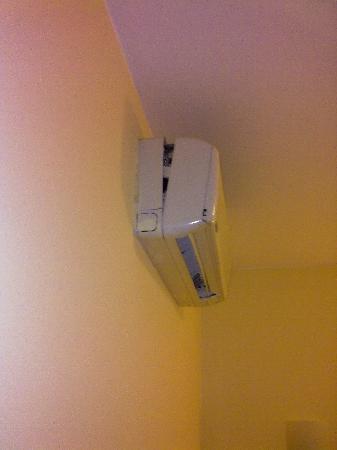 Nido Inn: Estado del equipo de aire acondicionado