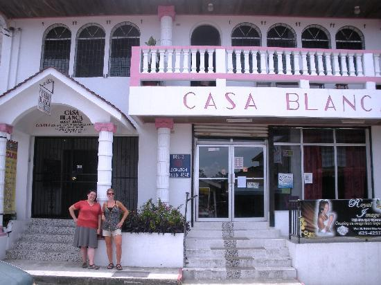 Casa Blanca Guest House: THE place to be!