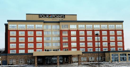 Four Points by Sheraton Cambridge / Kitchener: Exterior Hotel