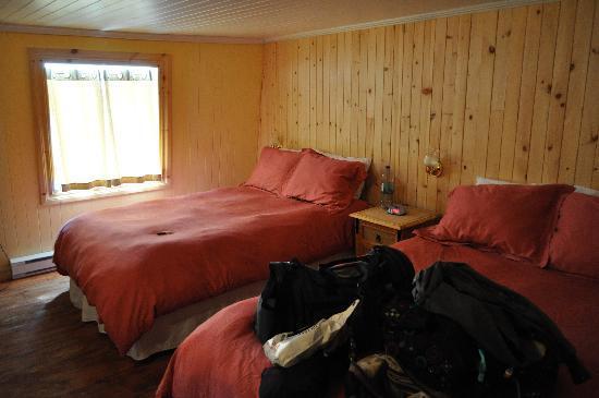 Auberge La Galouine : chambres lits double