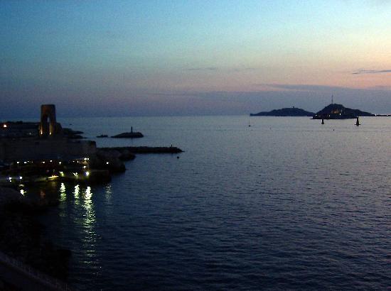 Hotel Peron: Vue de la fenêtre de l'hôtel coucher de soleil