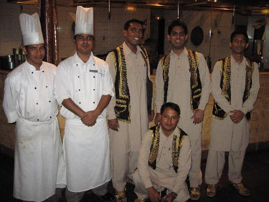 Die Mannschaft im Bukhara