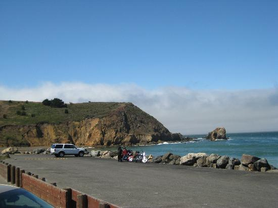 Pacifica, CA: view from the outside...