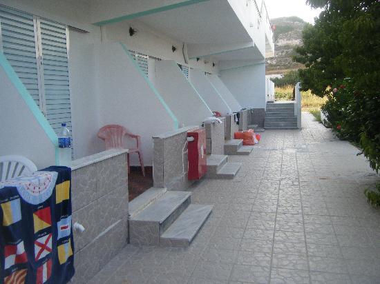 Eleni Hotel : Ground floor rooms