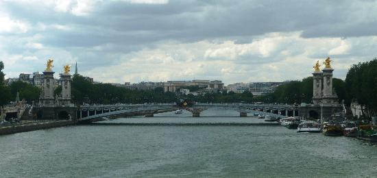Pont Alexandre III (Trocadero au fond)
