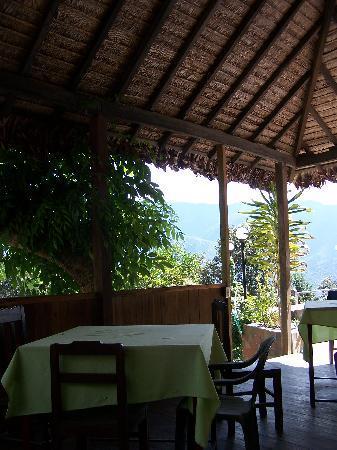 Hotel Esmeralda: Terraza