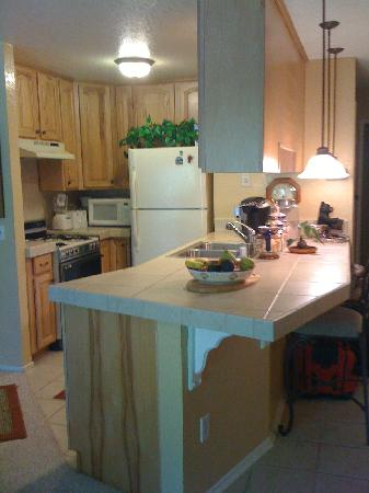 Boulder Creek Resort: Remodeled Kitchen