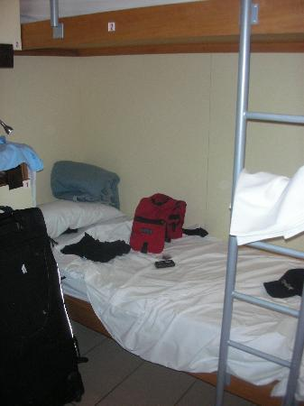 Seven Hostel: my bed