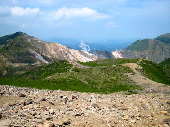 Taketa, Japan: 久住分かれ前避難小屋付近からの久住山