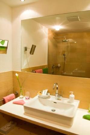 Der Waldhof: Badezimmer