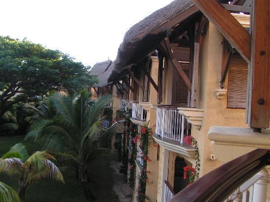 Paradis Beachcomber Golf Resort & Spa: Lovely architecture
