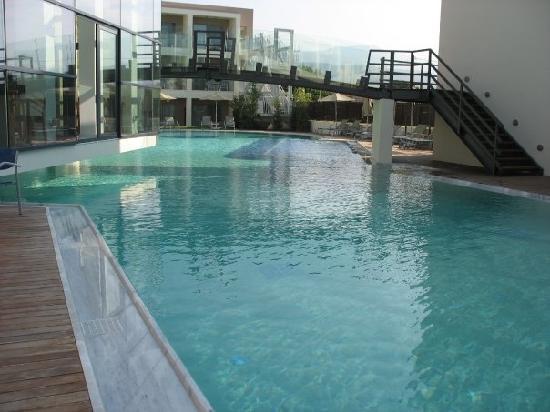Minos Mare Hotel : 2nde piscine du club