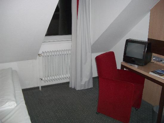 Hotel am Rothenbaum: Zimmer 54