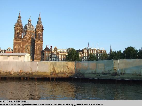 NH Collection Amsterdam Barbizon Palace: Blick vom Hauptbahnhof