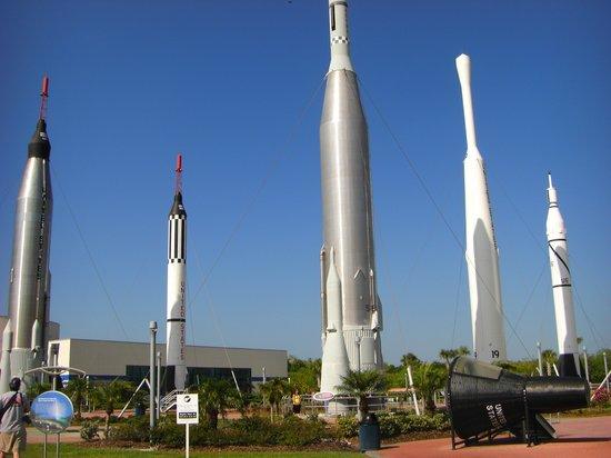 Kennedy Space Center Visitor Complex : The rocket garden