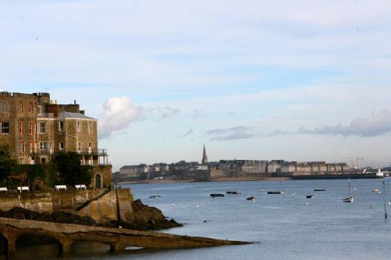 Hotel Le Nautilus : La cité corsaire