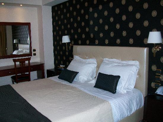 AVA Hotel Athens: bedroom
