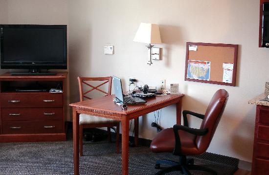 Candlewood Suites Westchase-Westheimer: free high-speed Internet