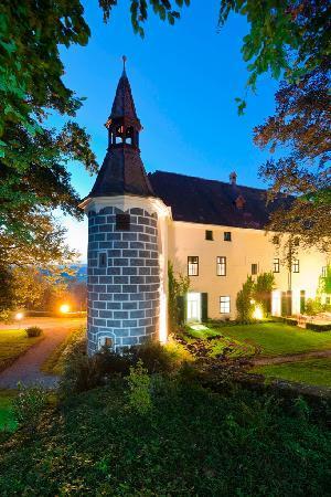 Schloss Ernegg
