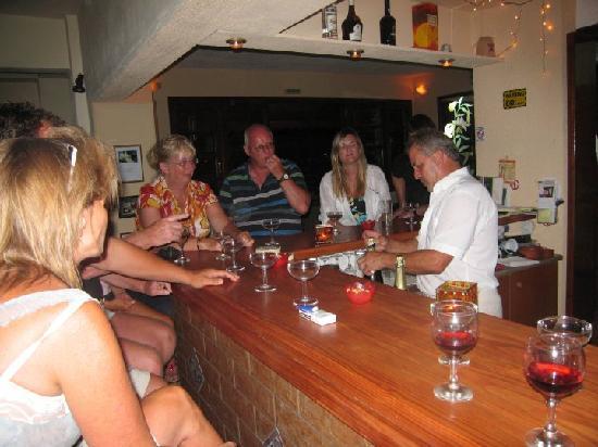 Elounda Heights Apartments and Studios: At the bar again!