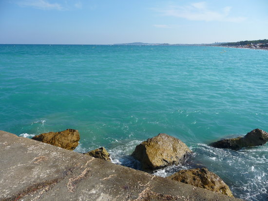 Villeneuve-Loubet, Frankrike: Encore la plage