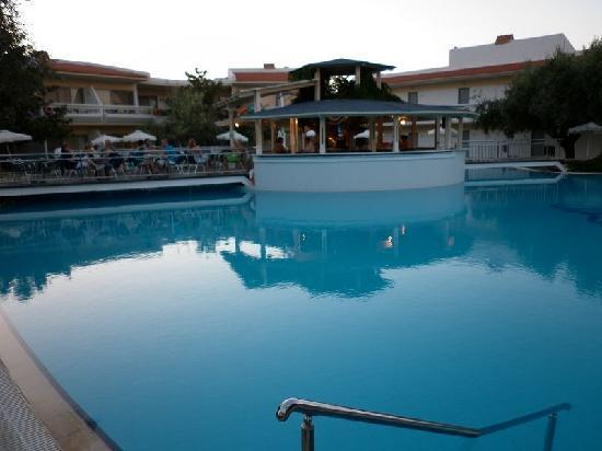 Lydia Maris Resort & Spa: Piscina