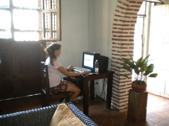 Casa Villa Colonial: Free internet to plan the days events.