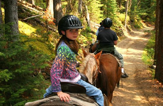 Condotel Cabin Rentals : Horseback Riding
