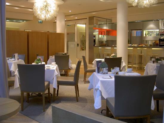 DoubleTree by Hilton London - Westminster: Frühstücksraum