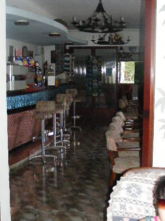 Hostal Oasis D'Or: Bar